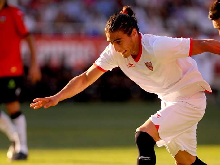 Sevilha empresta Martin Cáceres à Juventus
