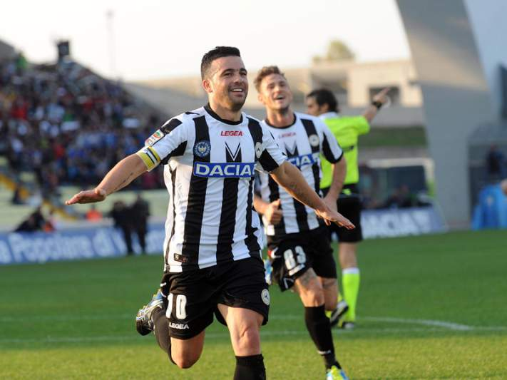 Napóles e Udinese empatam a dois golos
