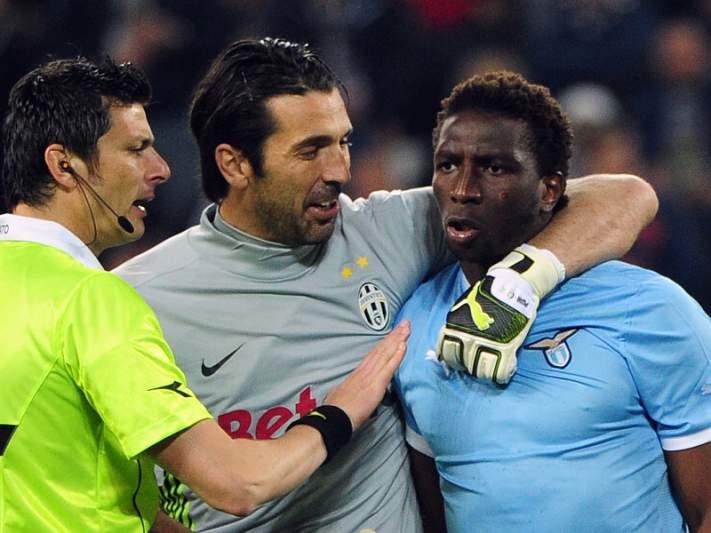 Juventus multada por cânticos racistas