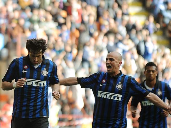 Jogo de loucos em Milão termina 5-4 para o Inter