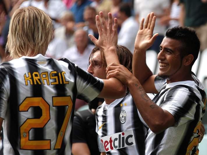 Juventus procura manter a invencibilidade
