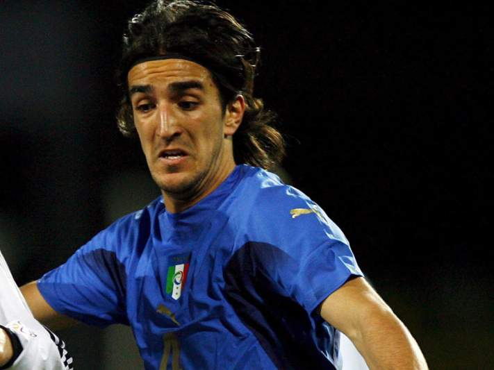 Piermario Morosini sofre paragem cardíaca em pleno jogo