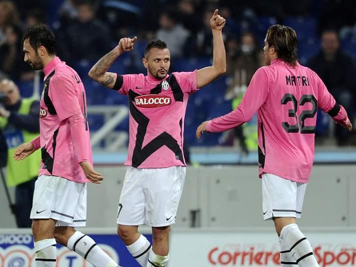 Simone Pepe salva invencibilidade da Juventus em Nápoles