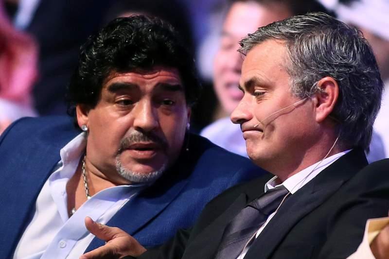 Maradona sai em defesa de Mourinho