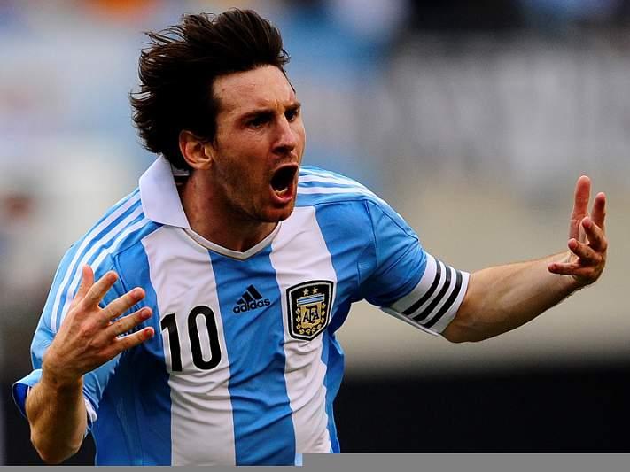 Messi com 82 razões para acreditar na quarta Bola de Ouro