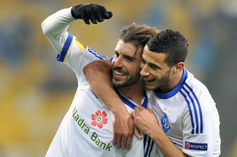 Dinamo Kiev de Veloso vence Taça