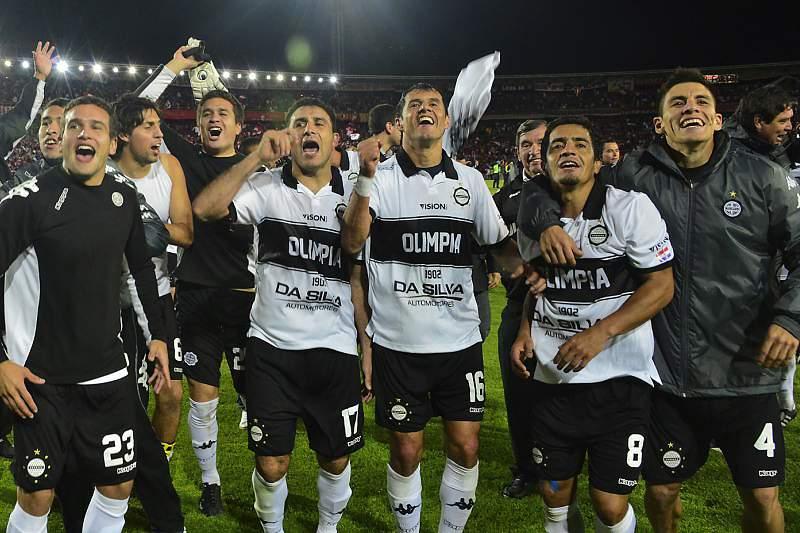 Paraguaios do Olimpia são os primeiros finalistas da Taça Libertadores