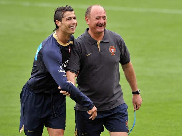 «Têm inveja de Ronaldo porque ele é grande, bonito e come todas»