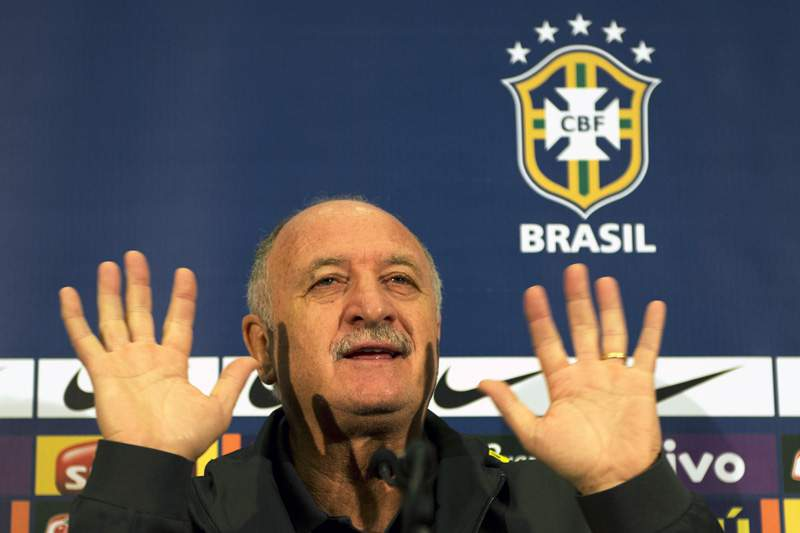 Scolari divulga onze titular para o particular com a Inglaterra