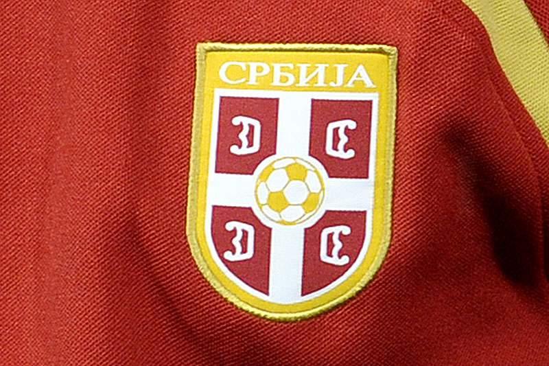 Federação sérvia suspende dois jogadores de sub21 por um ano