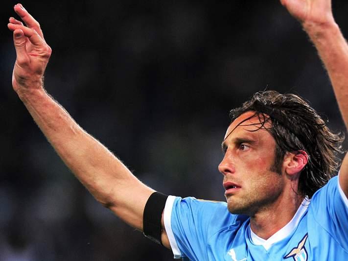Stefano Mauri suspenso por mais três meses