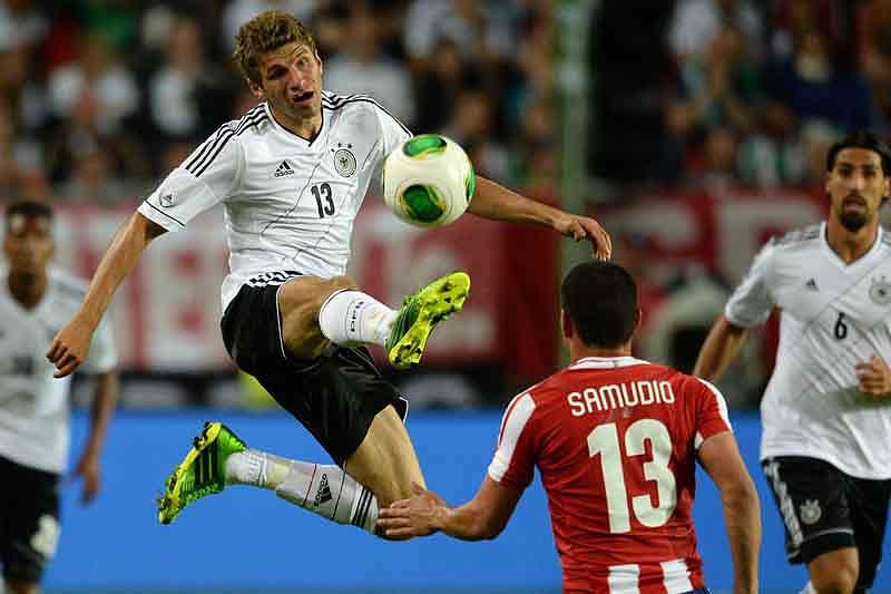 Alemanha e Paraguai empatam 3-3