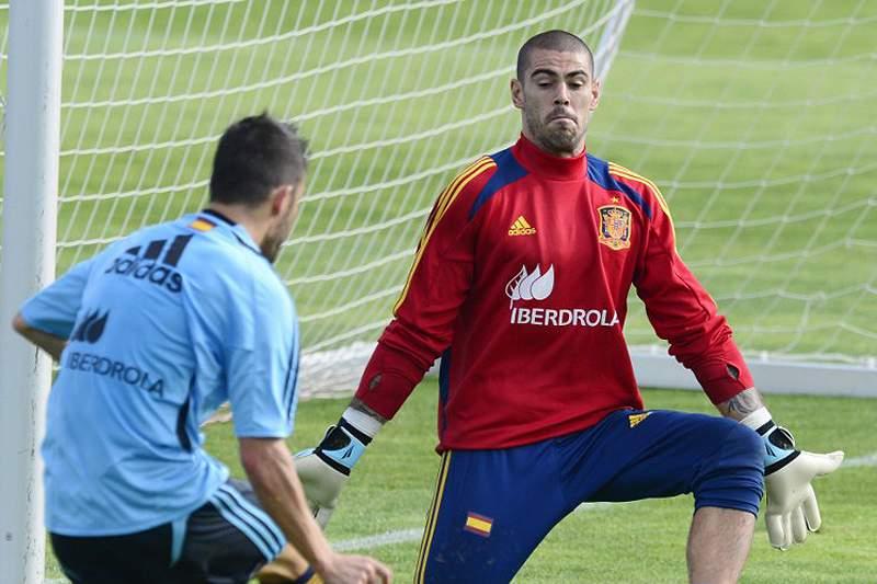 Guarda-redes Valdés para seis semanas