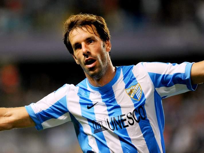 Málaga sobe ao terceiro lugar