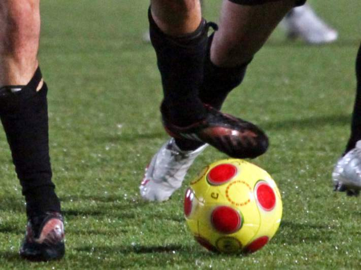 Clube suspende o futebol sénior