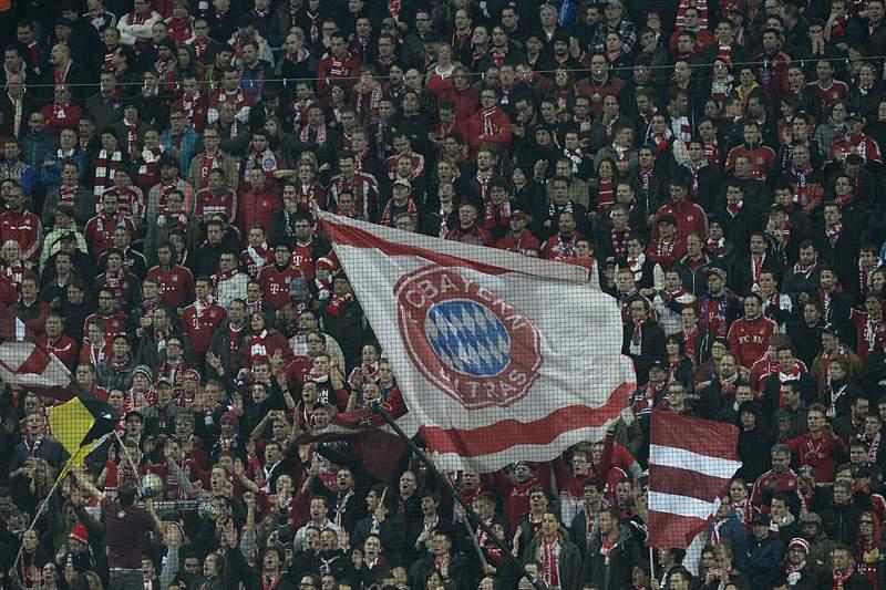 UEFA fecha parte do estádio e multa alemães