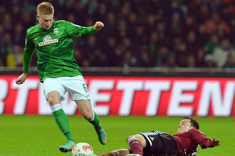 Werder Bremen vence Hannover 96 e sobe ao oitavo lugar da Liga alemã