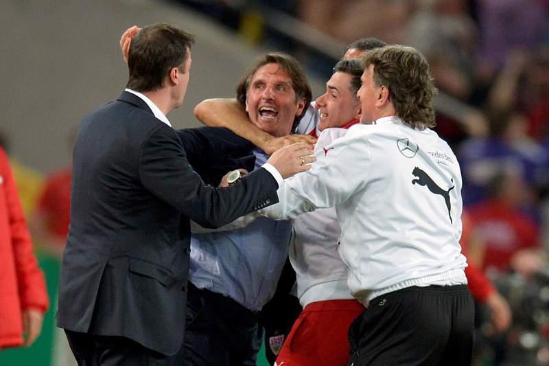 Estugarda na final com o Bayern Munique