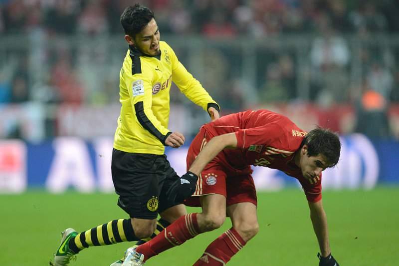 Líder Bayern empata em Munique com campeão Dortmund