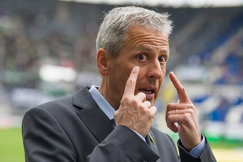 Monchengladbach vence Eintracht Braunschweig