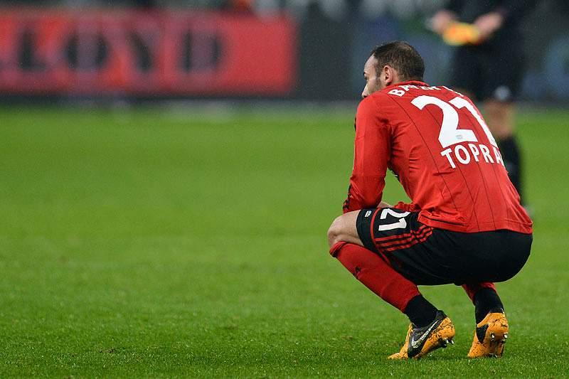 """Leverkusen """"tropeça"""" no campeonato alemão"""