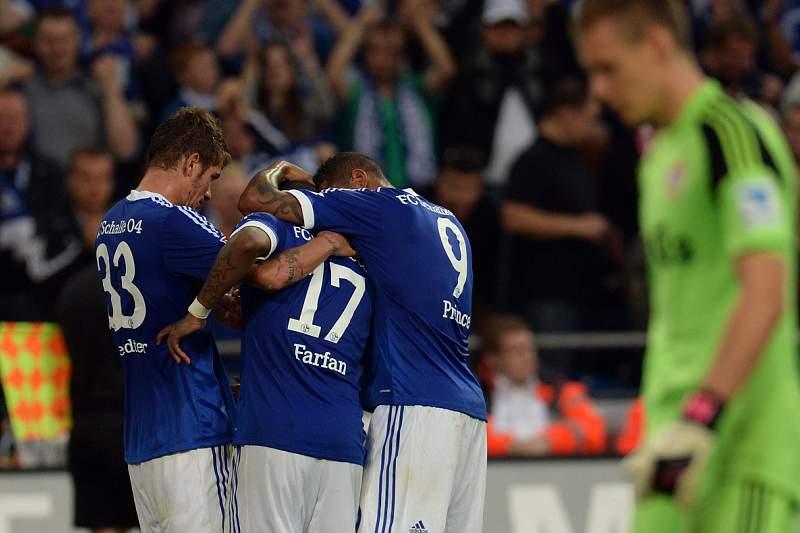 Sidney Sam assina por quatro anos com Schalke 04