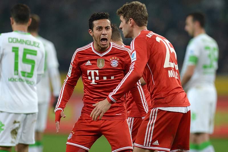 Thiago Alcântara dá a vitória ao Bayern