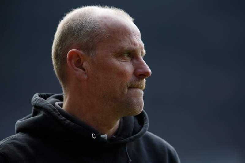 Schaaf apresenta a demissão