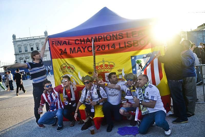 Invasão espanhola com cooperação das