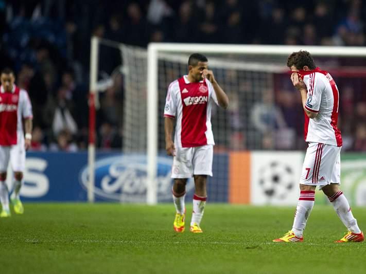 Ajax formaliza pedido de investigação