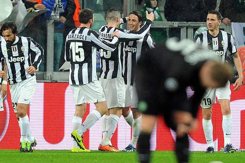 Juventus é líder provisória em Itália