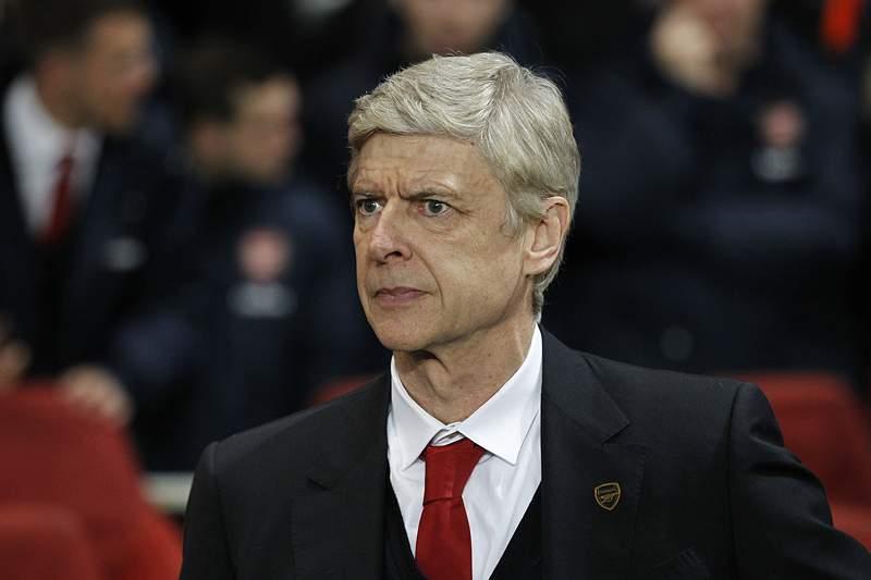 Arsène Wenger será treinador do Arsenal até 2017