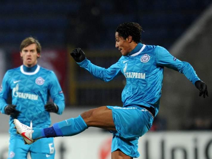 Bruno Alves fiel ao Zenit