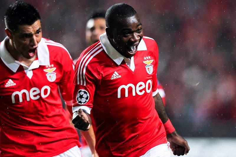 Benfica faz as manchetes do dia