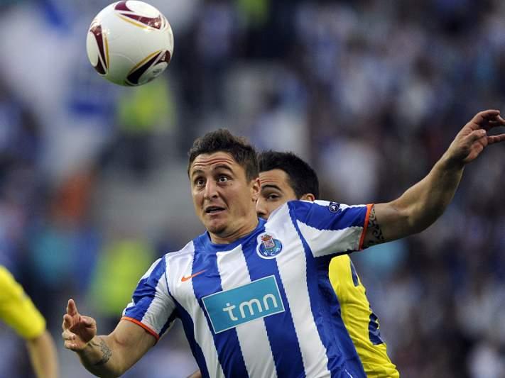 Cristian Rodriguez ausente do treino