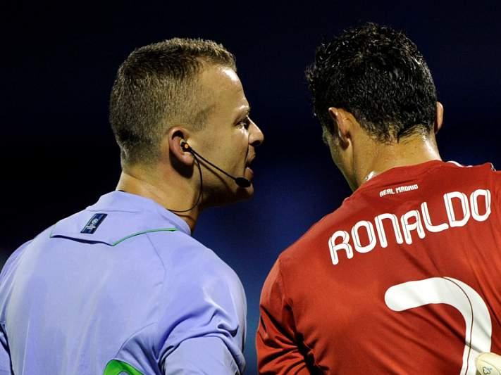Ronaldo arrisca suspensão por criticar arbitragem