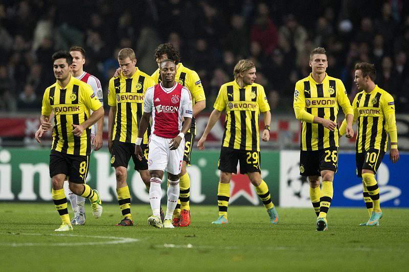 Dortmund, Milan e Arsenal asseguram presença nos oitavos
