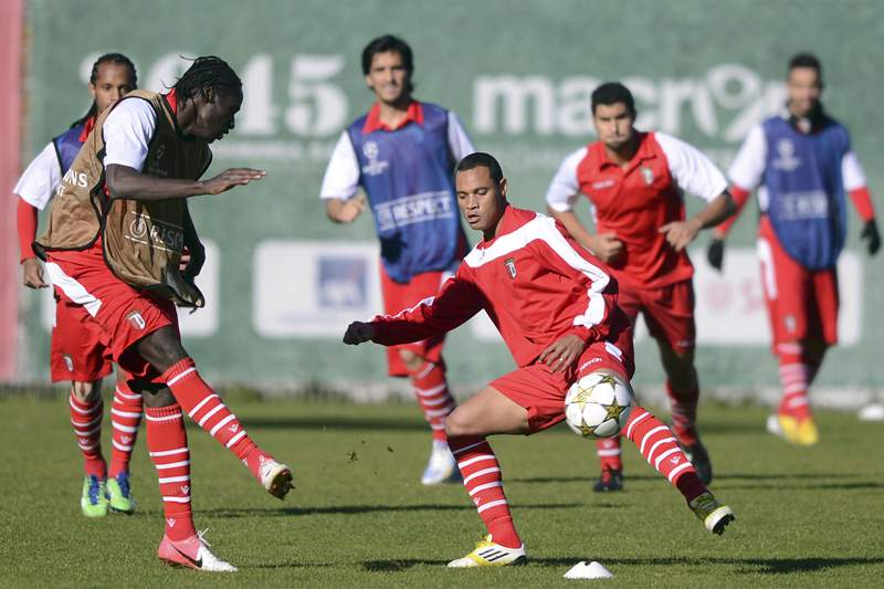 Éder, Sasso e Hélder Barbosa falham primeiro treino