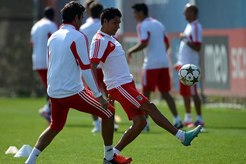 Benfica inaugura nova bancada no Seixal