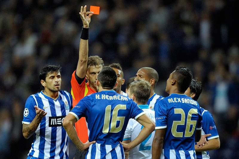 «Os árbitros também erram»