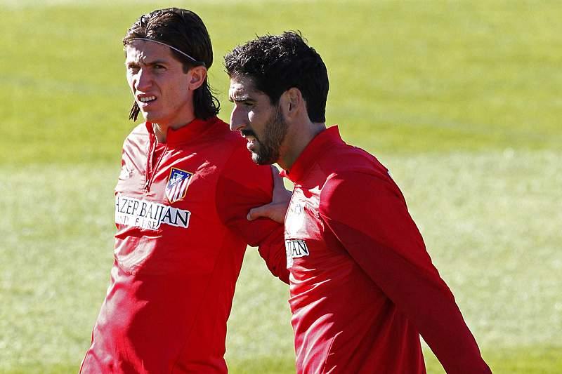 Atl. Madrid faz treino de adaptação no Dragão