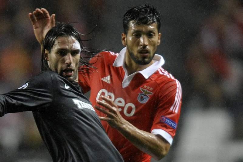 Benfica recusa oferta do Man.United por Garay