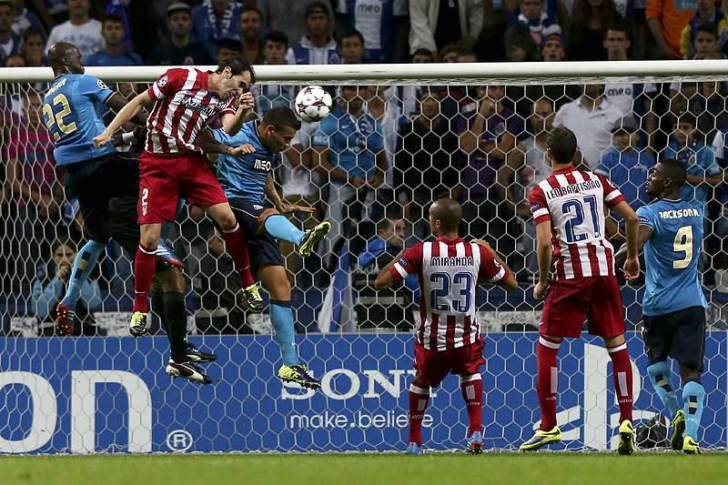 Godín renova com o Atlético de Madrid