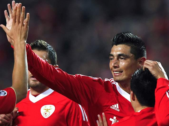 Golo solitário vale 1.º lugar ao SL Benfica