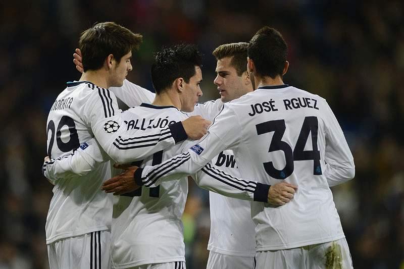 Real Madrid goleia Ajax por 4-1