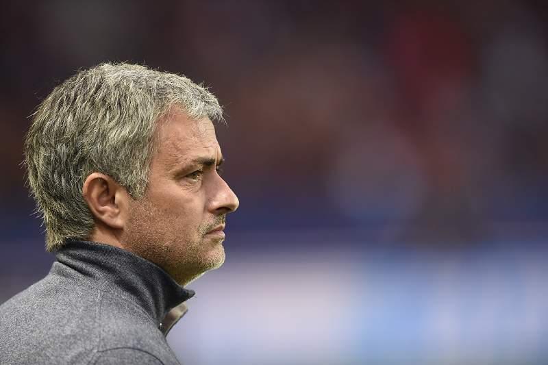 Mourinho pode dispensar os avançados