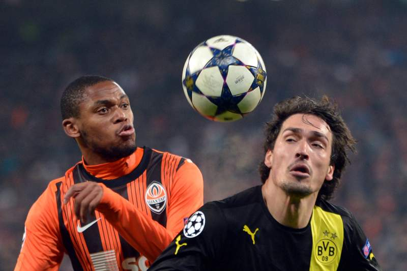 Borussia consegue empate em Donetsk