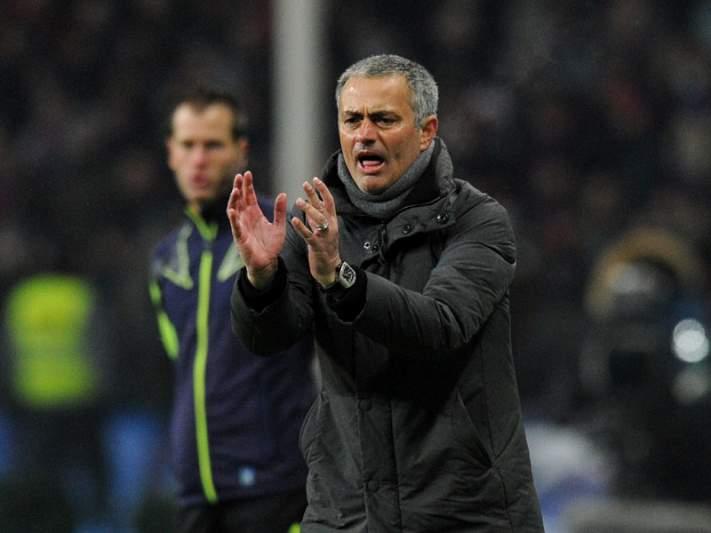 Presidente da Câmara de Setúbal felicita Mourinho pela conquista do título espanhol