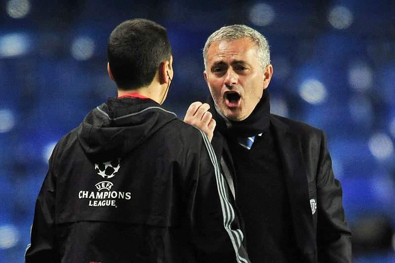 Mourinho satisfeito, Pellegrini desculpa-se com lesionados