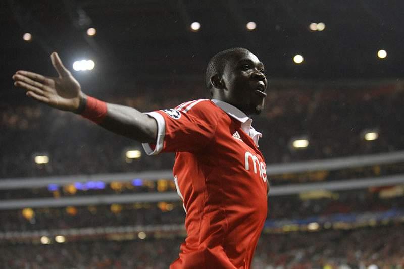 Ola John quer fechar a Liga em 2012 com mais uma vitória